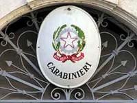 """""""C'è un ordigno pronto ad esplodere"""": allarme bomba davanti la caserma dei carabinieri"""