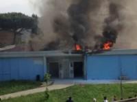 Empoli. Mille studenti evacuati per un incendio. Due intossicati
