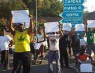 01migranti_protesta