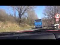 Tivoli, schianto fra bus Cotral e due auto, cinque feriti
