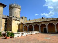Il Comune di Fiano Romano interviene sull'utilizzo della sala del Castello