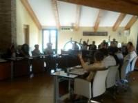 Si insedia il consiglio comunale fianese: botta e risposta tra gli eletti