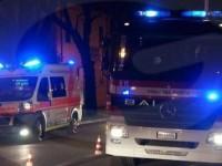 Guida contromano urtando auto parcheggiate: fermato dai carabinieri