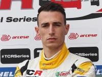 Il pilota di Fiano Romano D'Amico al via del GT Italiano con il team Vincenzo Sospiri Racing