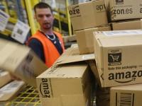 Milano, continua la protesta dei corrieri di Amazon: nuovi scioperi