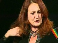 """Antonella Zarletti, schianto contro un alberto: è morta la cantante """"Cantantonella"""""""