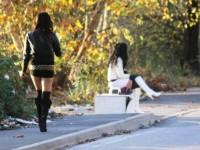 Blitz della Polizia, stop alla prostituzione in via Tiberina