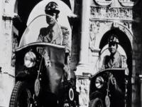 """""""La Strada"""", il documentario sui 70 anni della Polizia Stradale che è anche la storia del Paese"""