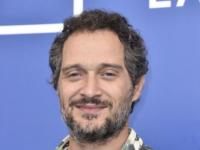 """«PIIGS»: Claudio Santamaria e il """"Pungiglione"""" di Monterotondo"""
