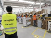 Amazon, delusione fra i lavoratori nella nuova sede di Rieti: da gennaio mandate via oltre 300 persone
