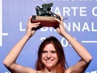 Susanna Nicchiarelli, rivelazione di Venezia: nel mio film la lezione di Moretti