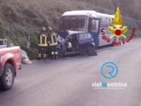 Frontale auto – Cotral. È morto un 18enne