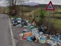 Discarica abusiva a confine: è scontro tra i sindaci di Palombara e Mentana