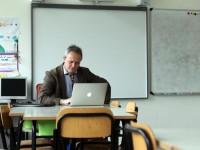 Coronavirus, la rivolta delle scuole: «Vanno chiuse, pericolo inutile»